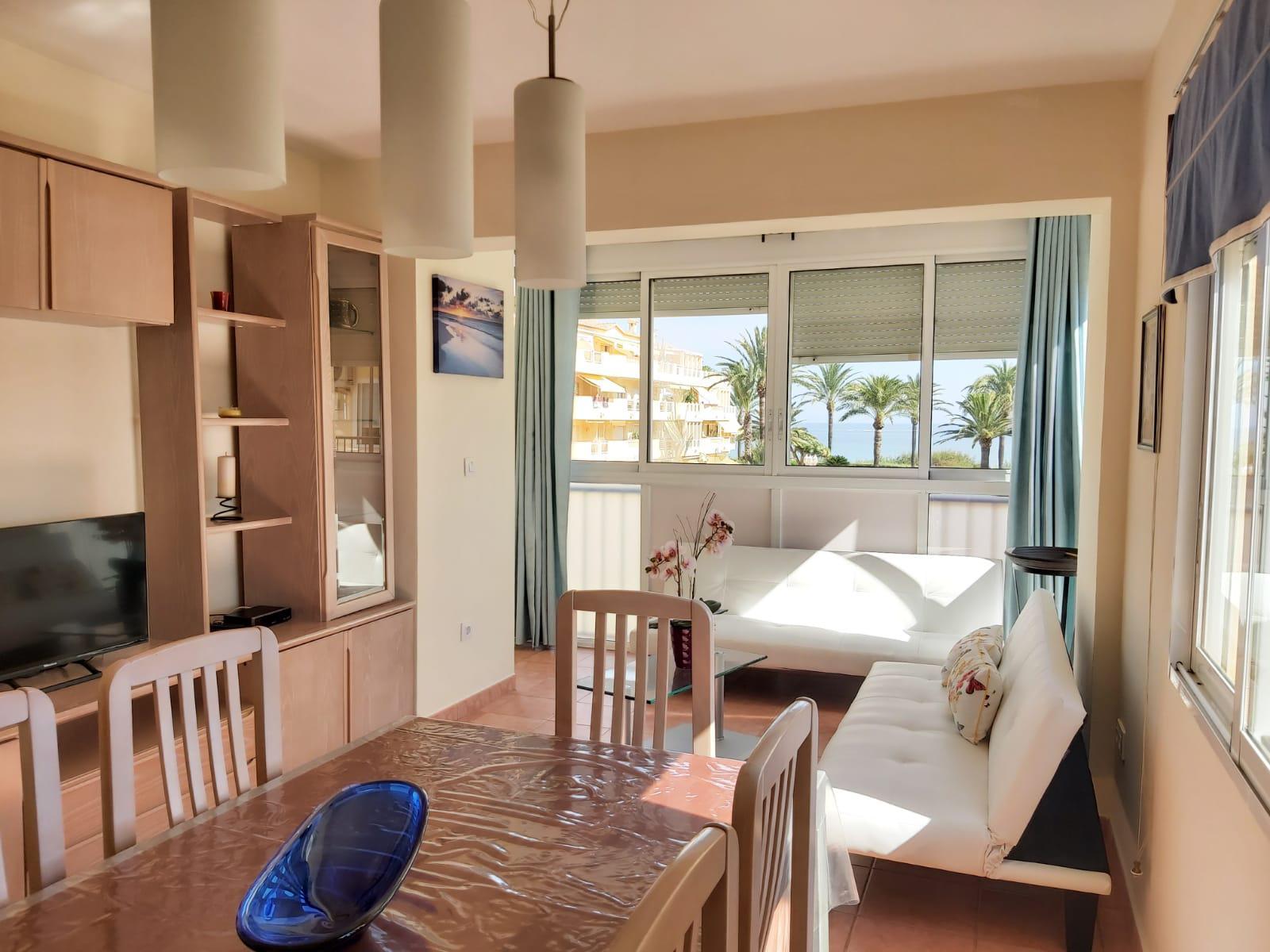 Apartamento -                                       Denia -                                       2 dormitorios -                                       4 ocupantes