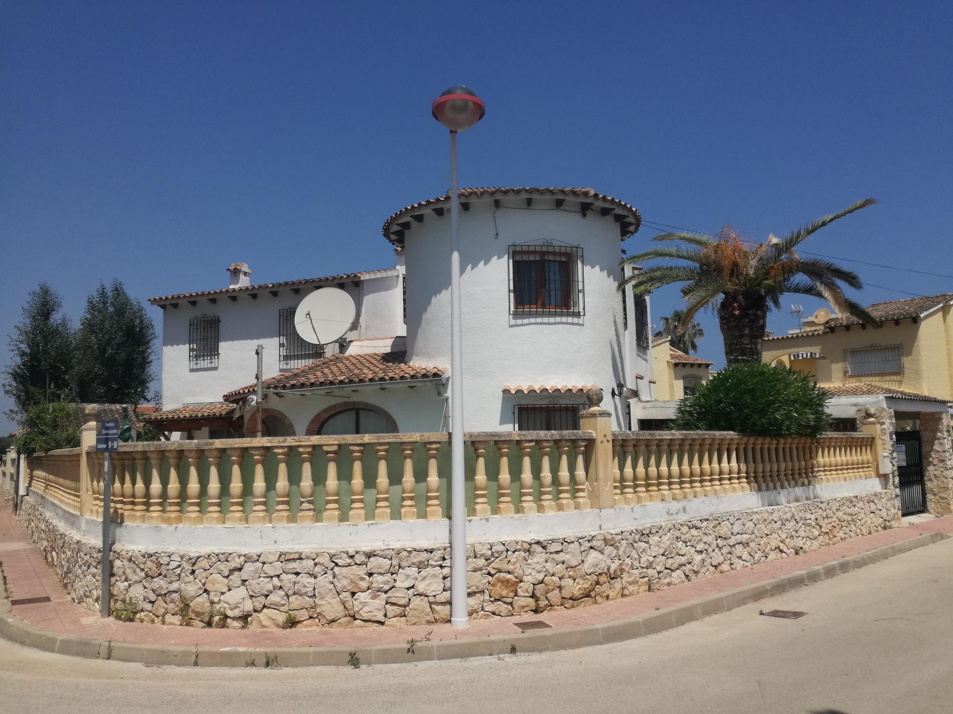 Villa -                                       Els Poblets -                                       3 dormitorios -                                       10 ocupantes