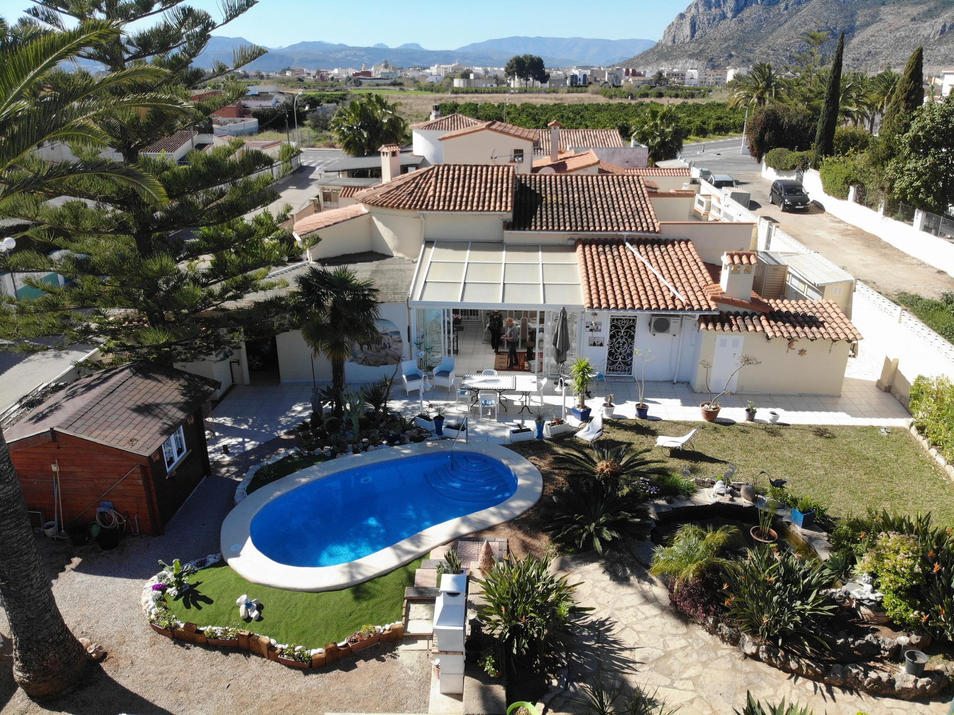 Villa -                                       Els Poblets -                                       3 dormitorios -                                       8 ocupantes