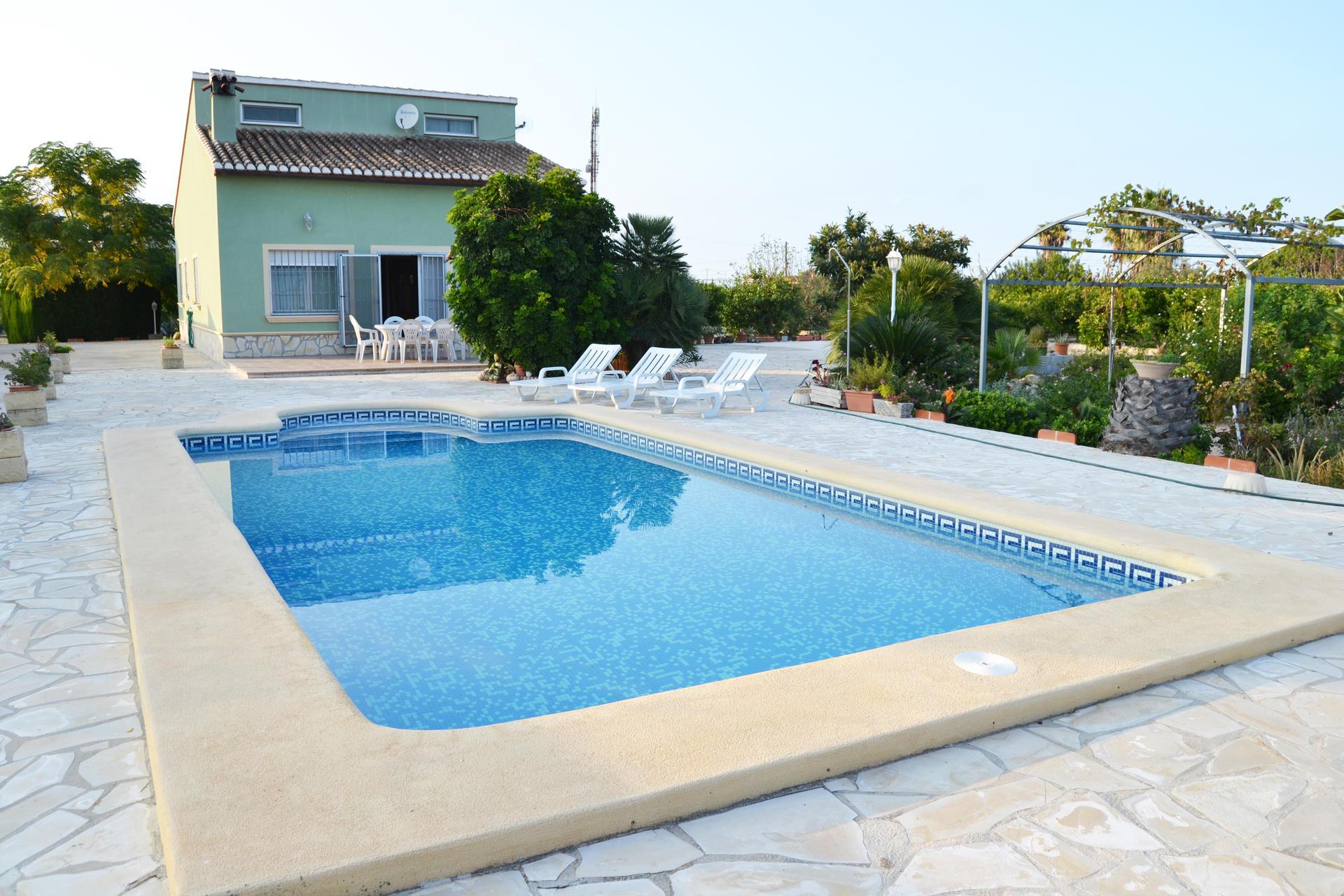 Villa -                                       Els Poblets -                                       4 dormitorios -                                       11 ocupantes
