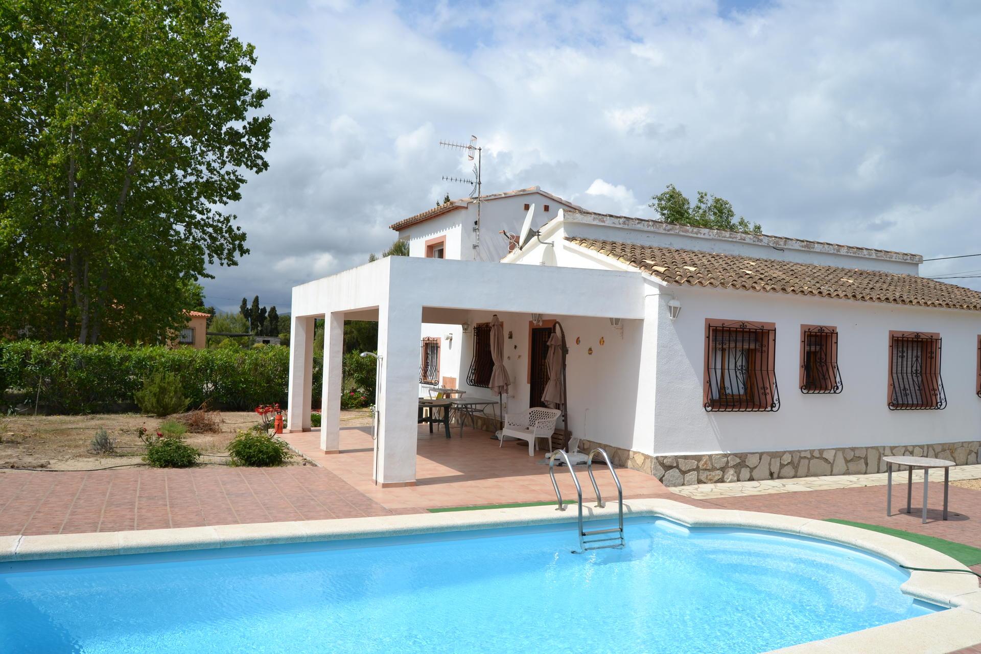 Villa -                                       Oliva -                                       3 dormitorios -                                       6 ocupantes